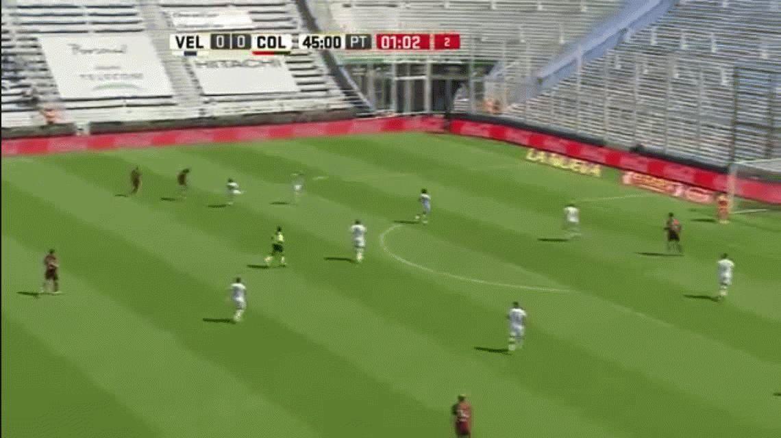 Iván Torres anotó el primer gol de Colón ante Vélez en el José Amalfitani