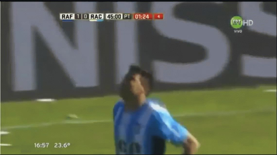 Gustavo Bou marca el empate parcial para Racing ante Atlético Rafaela