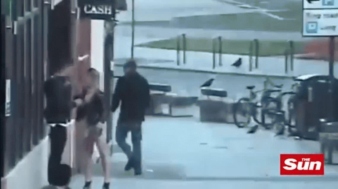 Un británico atacó a una pareja de españoles por no hablar en inglés.