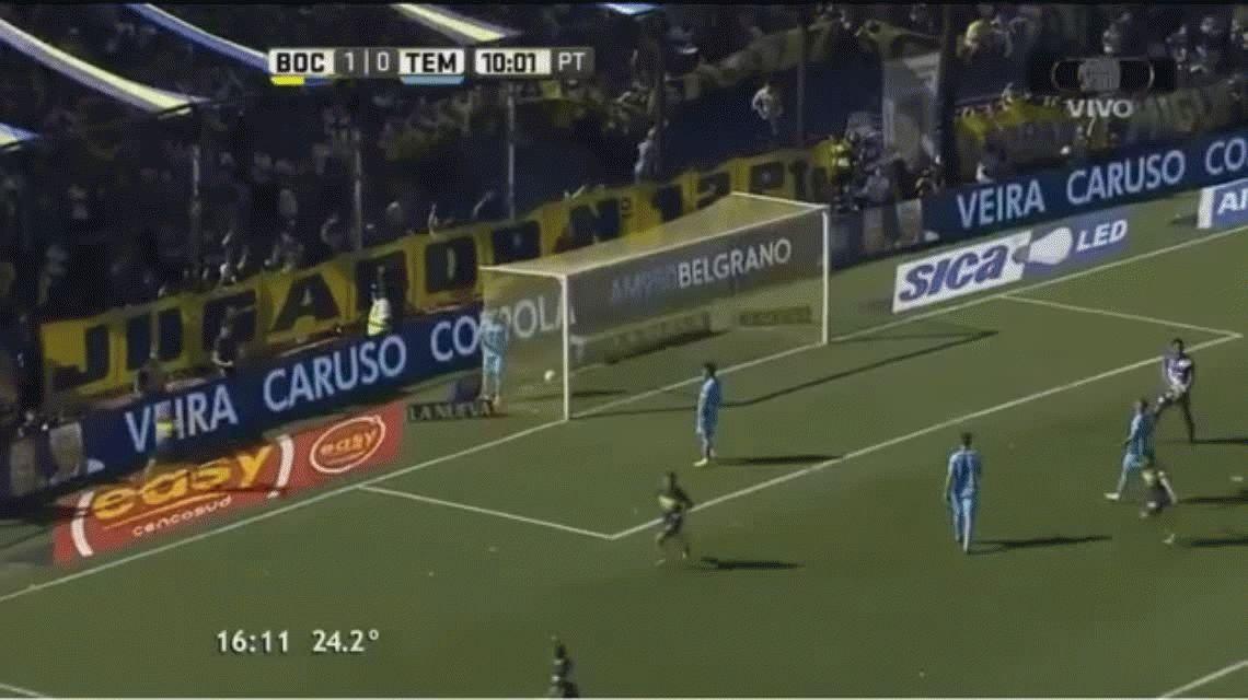 Cristian Pavón marcó el segundo gol de Boca ante Temperley en la Bombonera