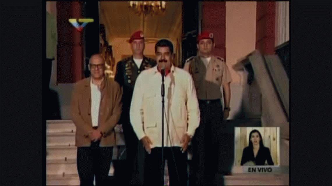 Nicolás Maduro anuncia el programa La hora de la salsa