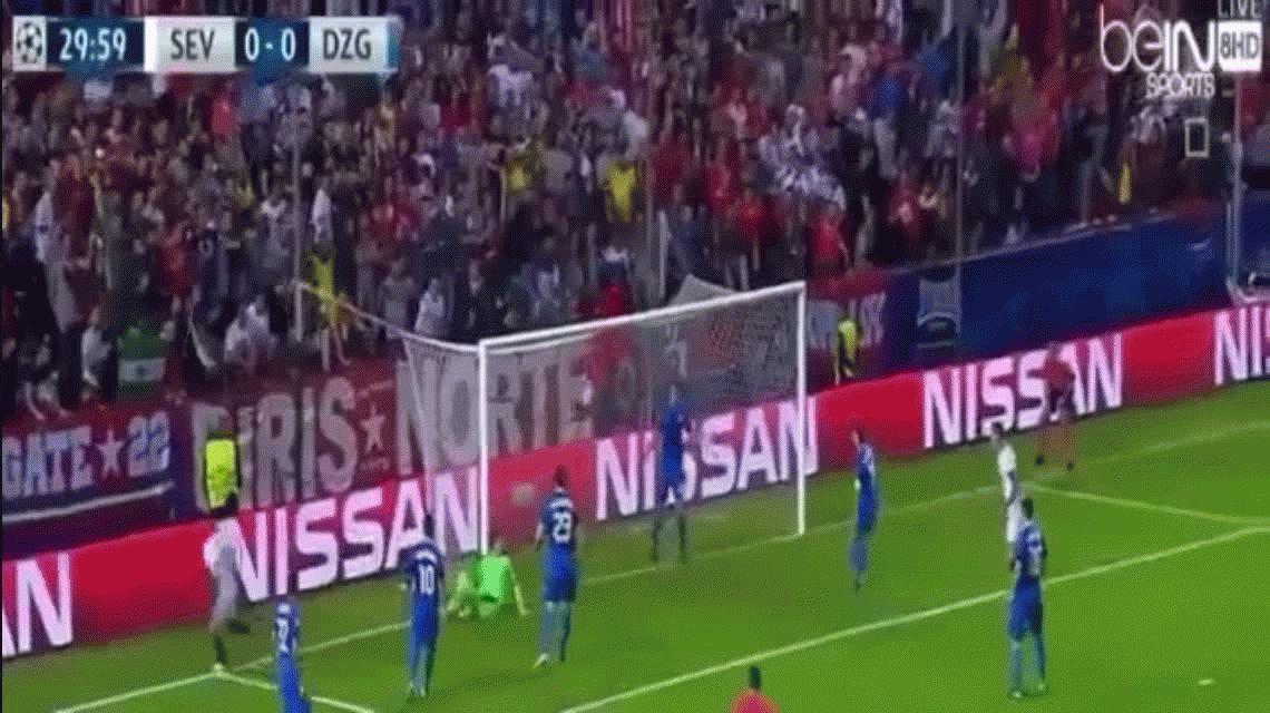 Sevilla goleó al Dinamo Zagrev por la Champions League