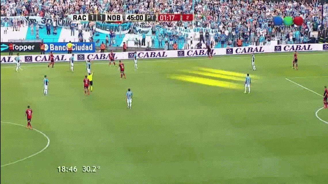 Gustavo Bou anotó el segundo gol de Racing ante Newells en el Cilindro
