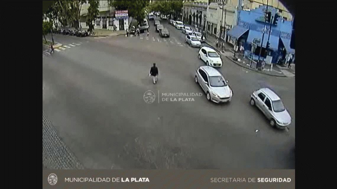 Se entregó el acusado de atropellar a dos agentes de tránsito: es abogado