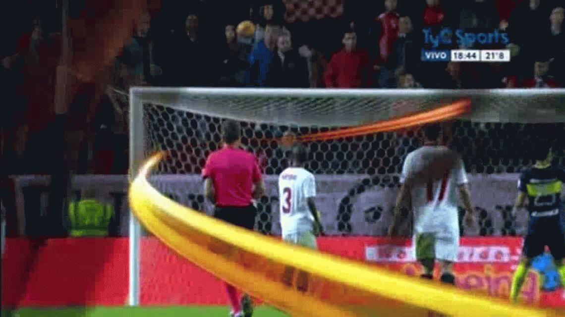 Carlos Tevez le dio la victoria agónica a Boca sobre Sevilla por el certamen Antonio Puerta