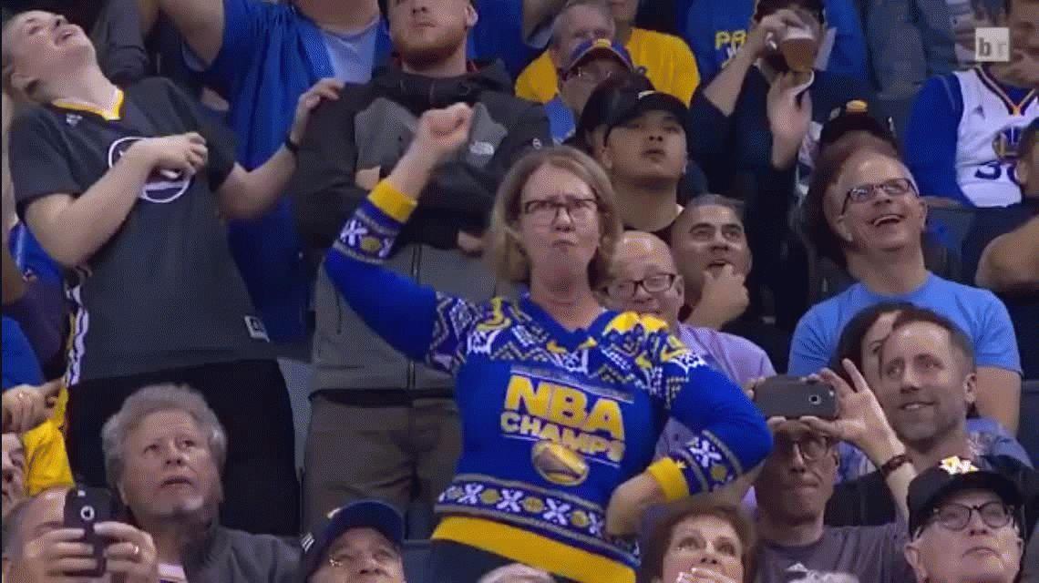 ¡Mueva, mueva! Esta señora deslumbró con su baile en un partido de NBA