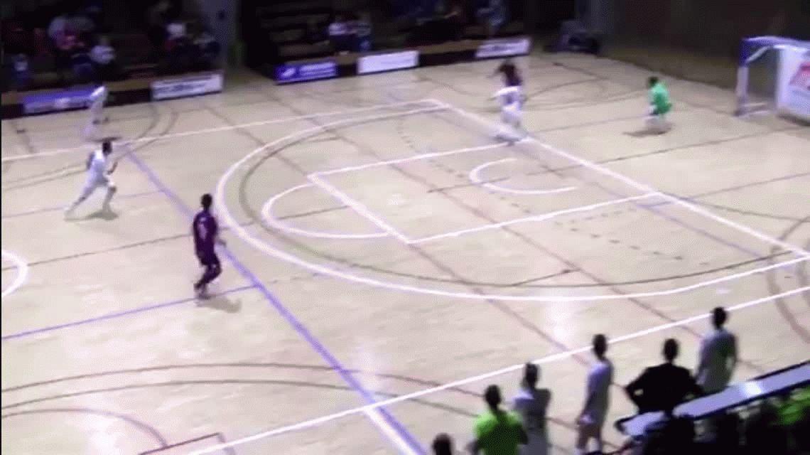 No lo vas a poder creer: la mejor atajada del año se dio en el futsal español