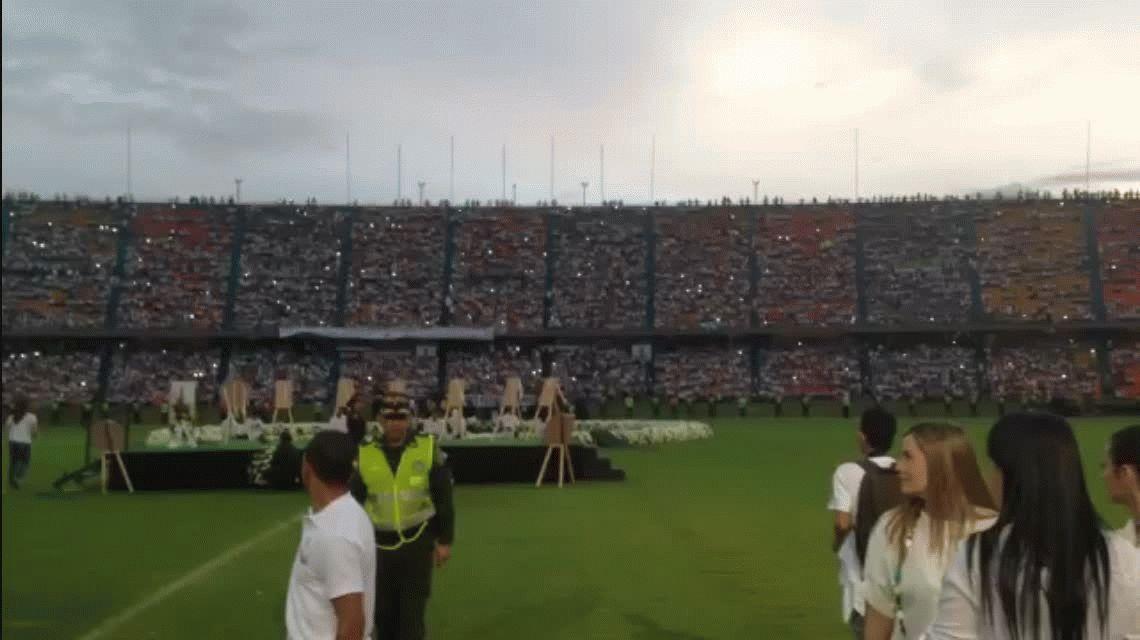 Emotivo homenaje del Atlético Nacional por el accidente de Chapecoense