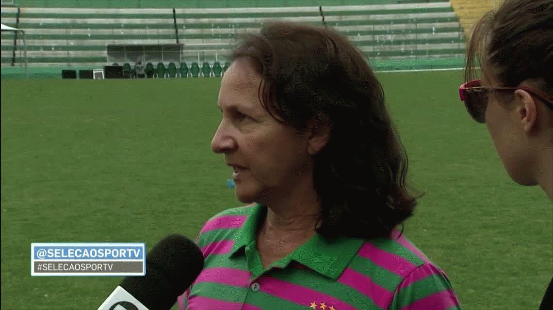 Chapecoense: la mamá de Danilo consoló a periodista que se quebró por la tragedia