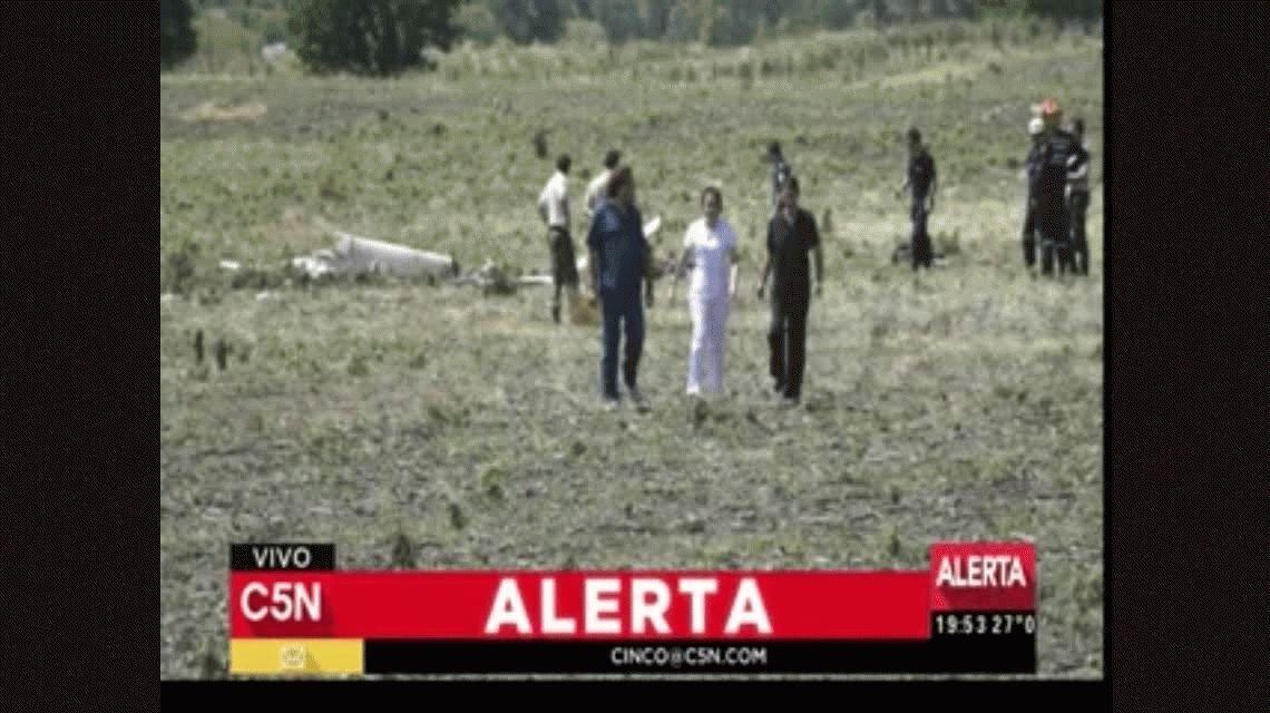 Fatal accidente: cayó un planeador en un campo de Bolívar y murió el piloto
