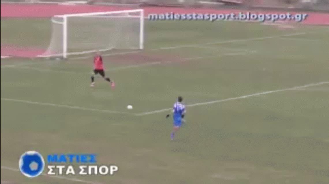 No se puede creer: el peor gol errado del año se dio en el fútbol griego