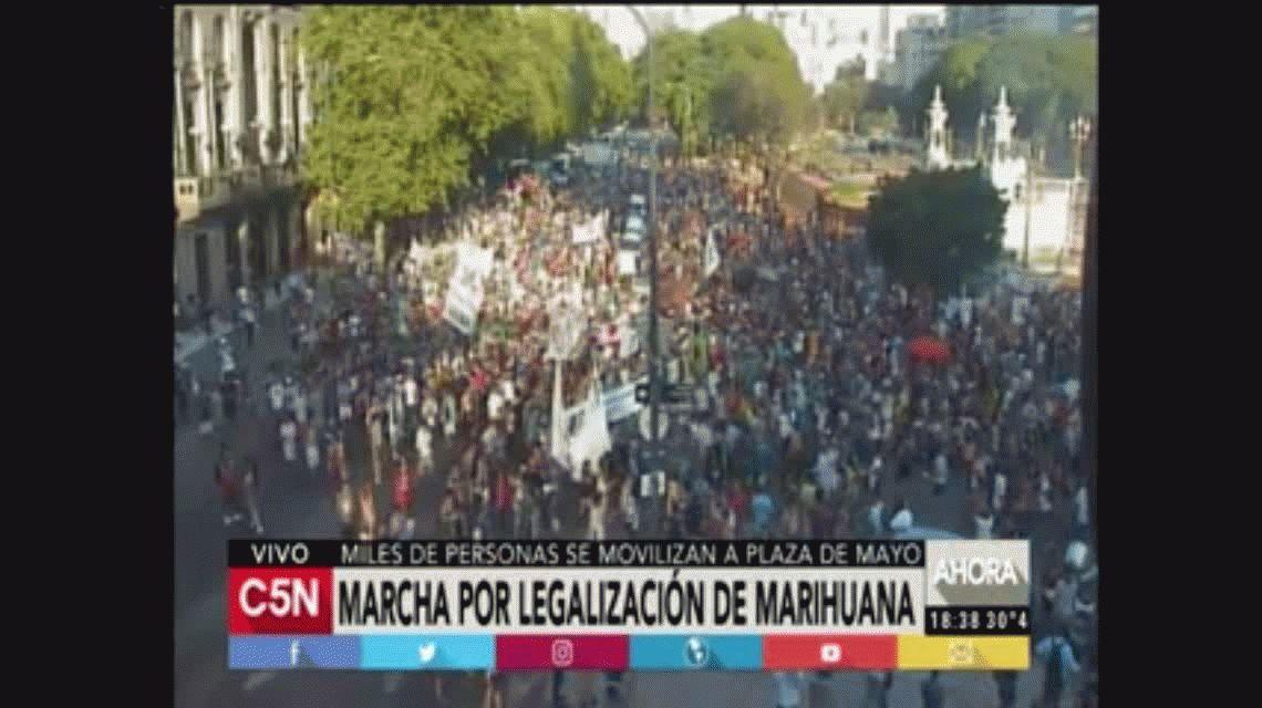 Miércoles caótico en la Ciudad: paro de subte, incendio, choque, marchas y demoras