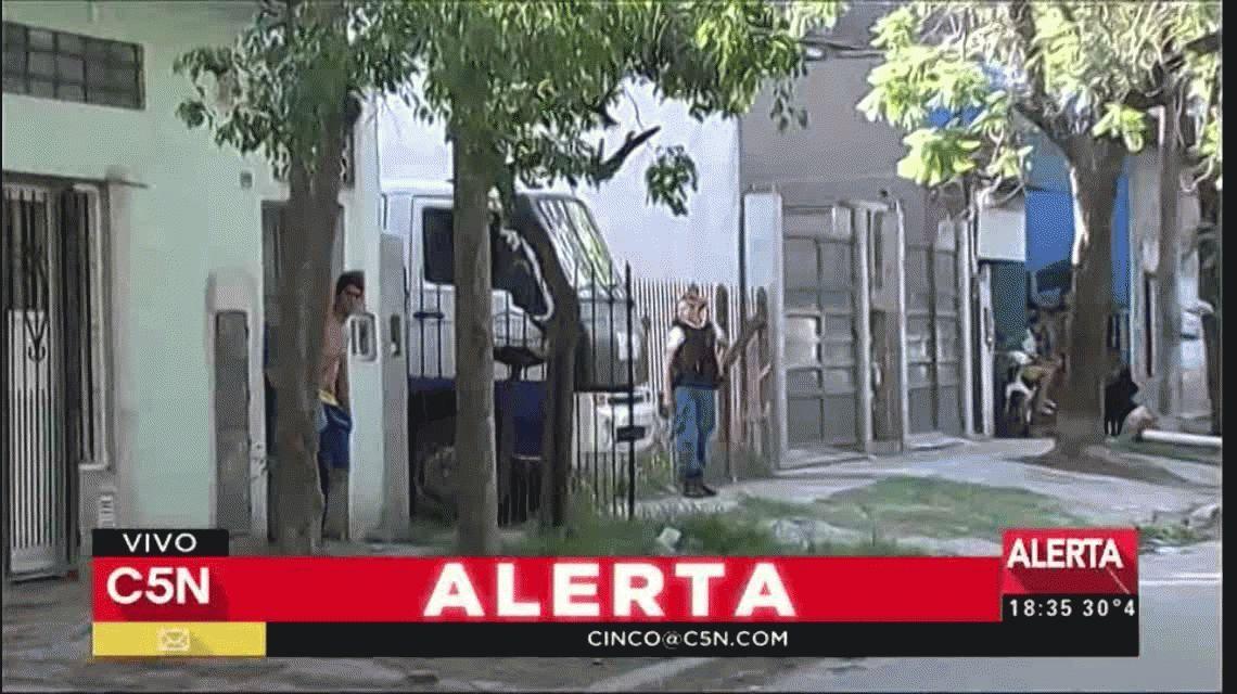 Horror en Ituzaingó: una mujer degolló a su hijo de 2 años e hirió a otros dos