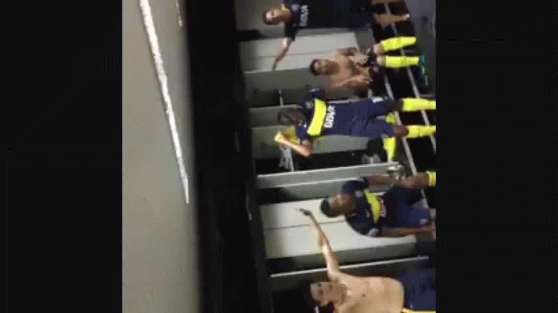 El provocador festejo de Boca en el vestuario: Un minuto de silencio...