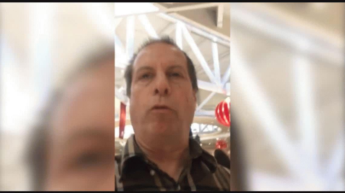 VIDEO: Un pastor fue al shopping y le dijo a los chicos que Papá Noel no existe