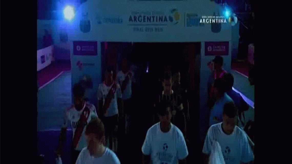 Impresionante: así fue el recibimiento para River y Central en la Copa Argentina