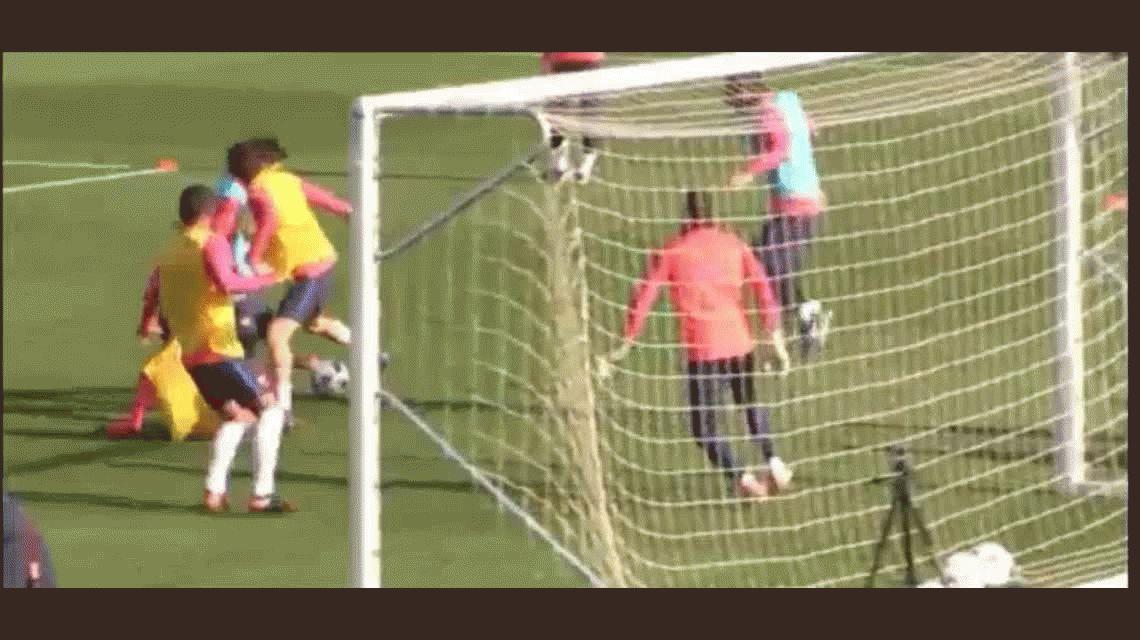 Lionel Messi volvió a entrenar y ya deslumbró con esta genialidad