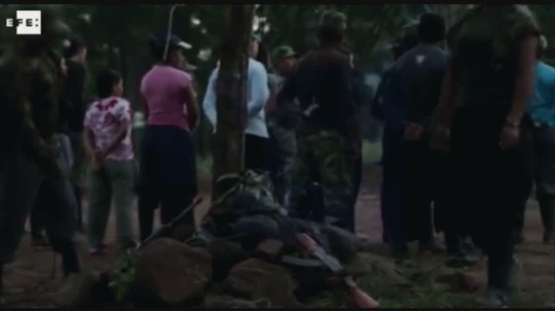 Polémica en Colombia por una fiesta de las FARC con agentes de la ONU