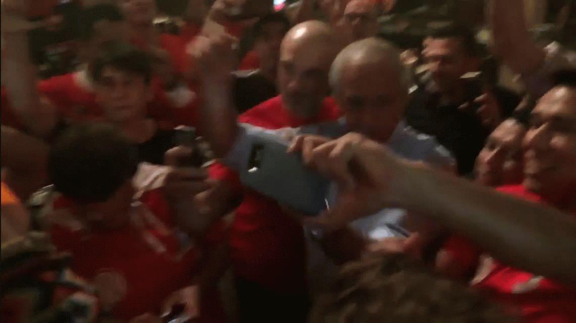 VIDEO: Rodolfo D´Onofrio, cantando con los hinchas de River en Miami