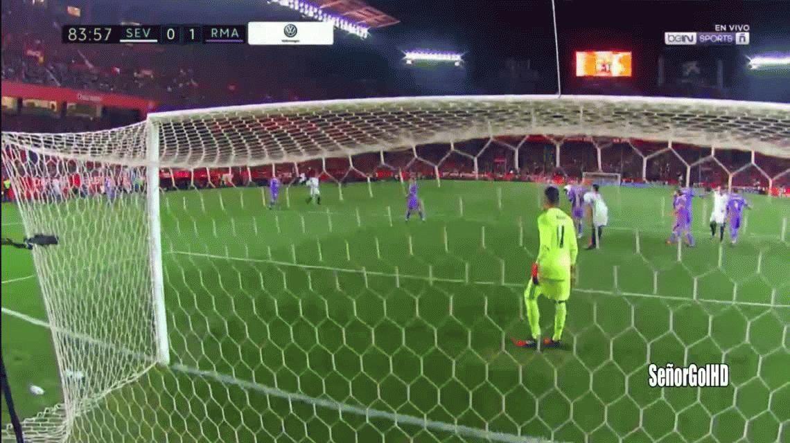 Sevilla ganó y terminó con el invicto del Real Madrid
