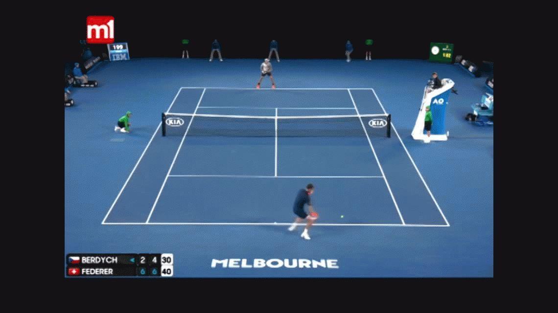 Federer aplastó a Berdych y pasó a octavos: mirá el mejor punto del partido