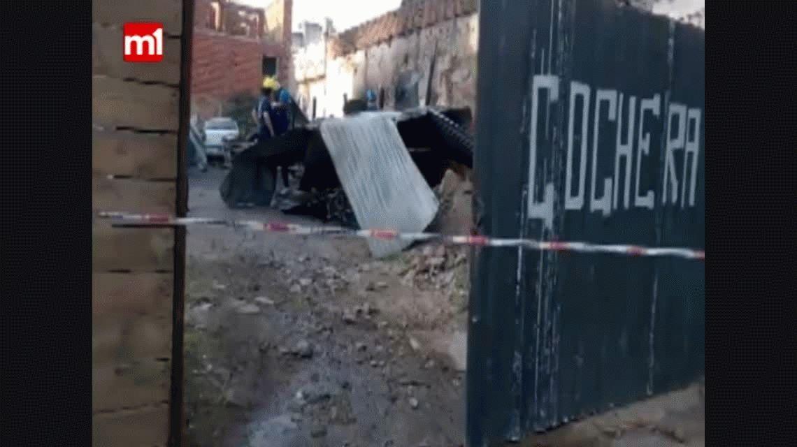 Córdoba: explotaron cuatro autos en una cochera del barrio Pueyrredón