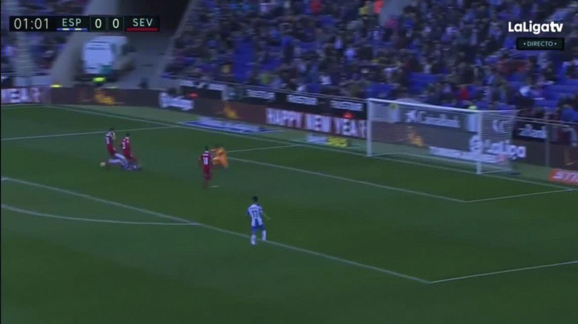 Con polémica, el Sevilla de Sampaoli cayó en su visita al Espanyol