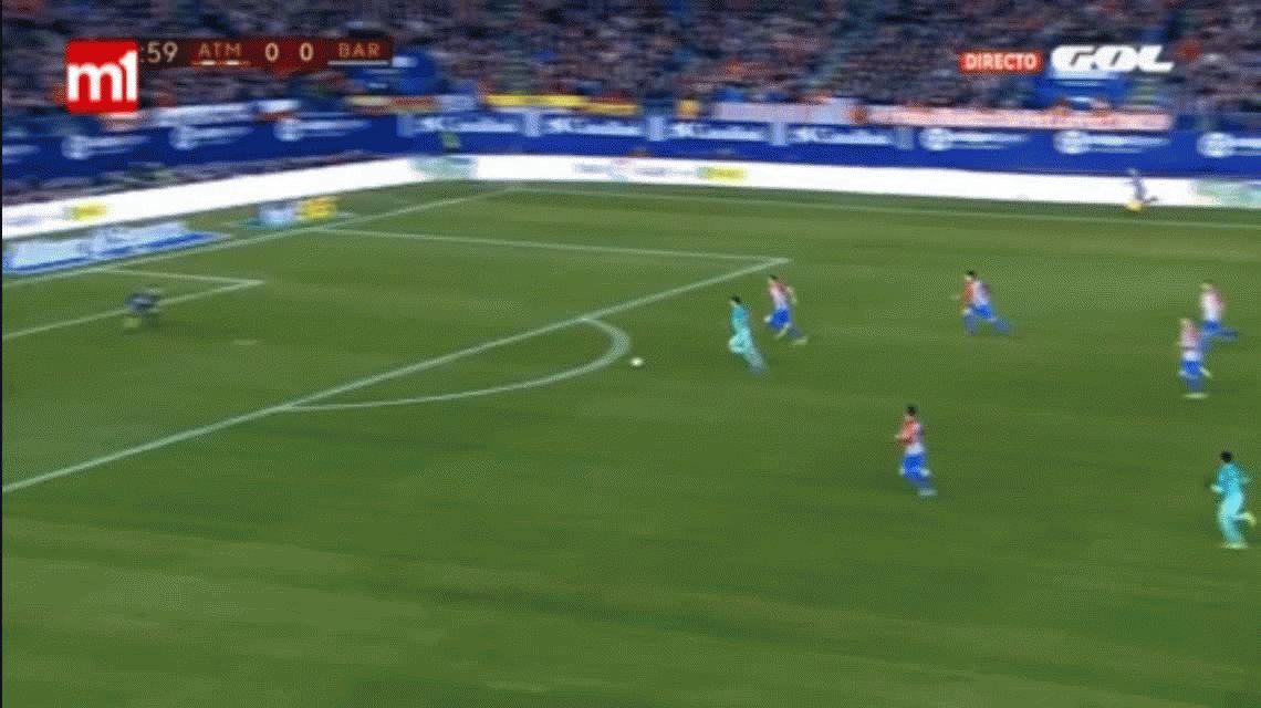 El golazo de Suárez que le da el triunfo al Barcelona