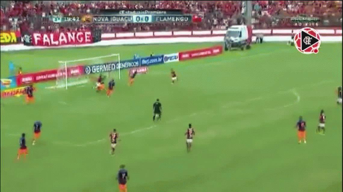 Mancuello metió dos goles en el triunfo del Flamengo