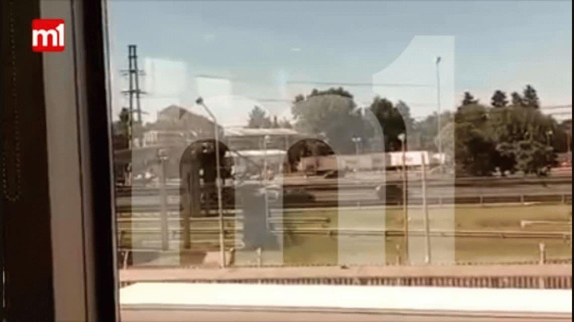 VIDEO: Así chocaron tres autos en Panamericana