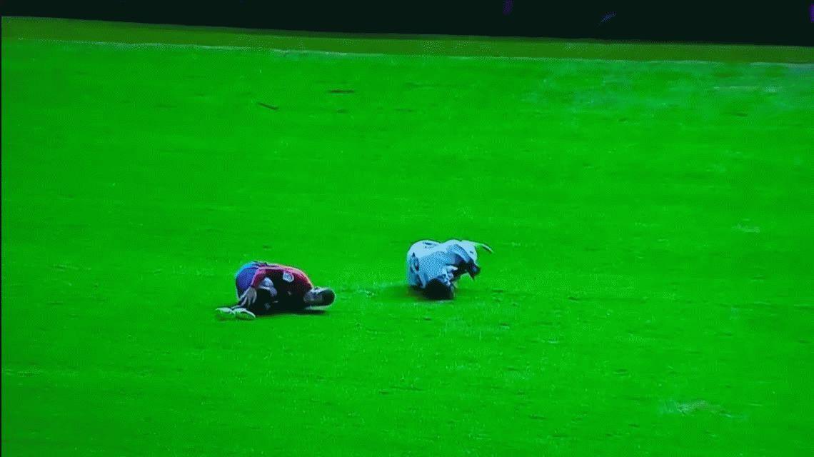 Otra espeluznante lesión en España: jugador del Osasuna se rompió la tibia