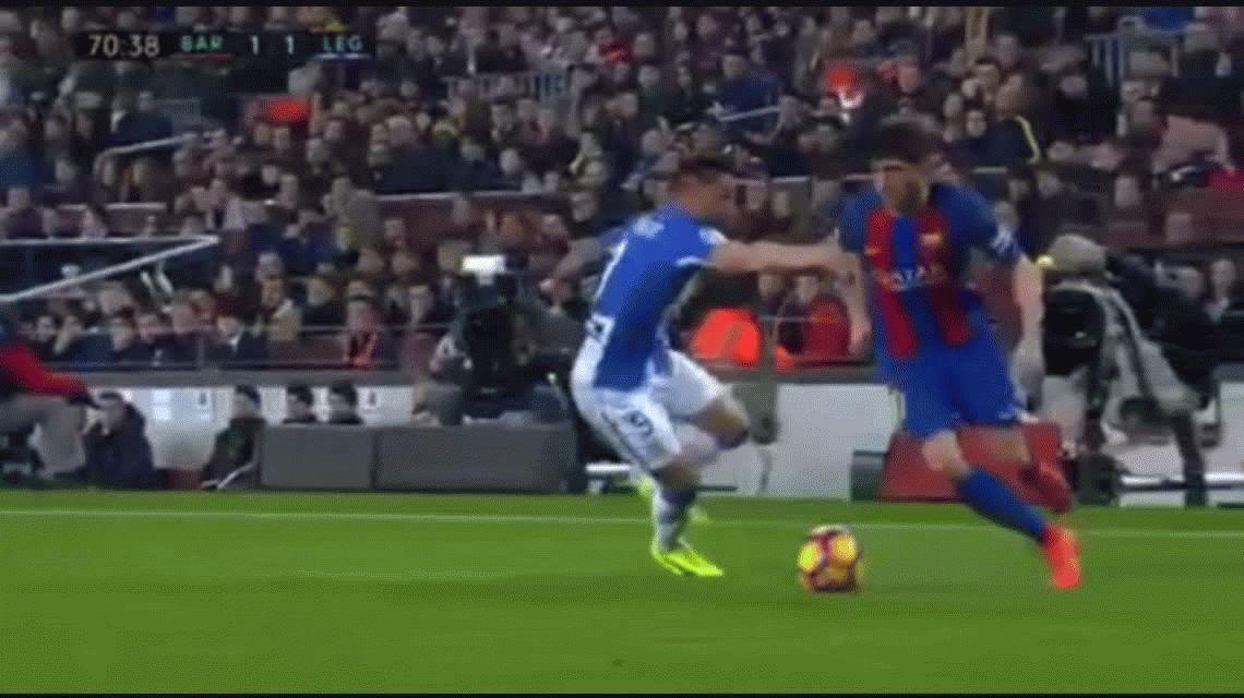 Messi metió dos goles y salvó al Barcelona de una catástrofe