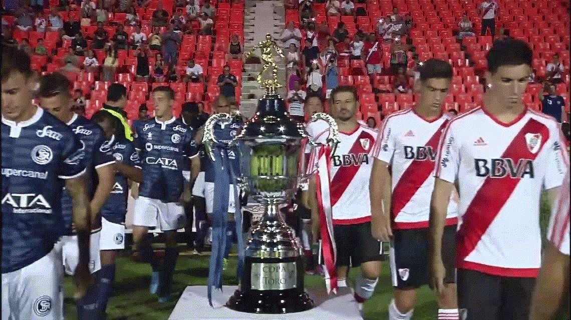 Otra vez por penales: River venció a Independiente Rivadavia y sumó otra copa de verano