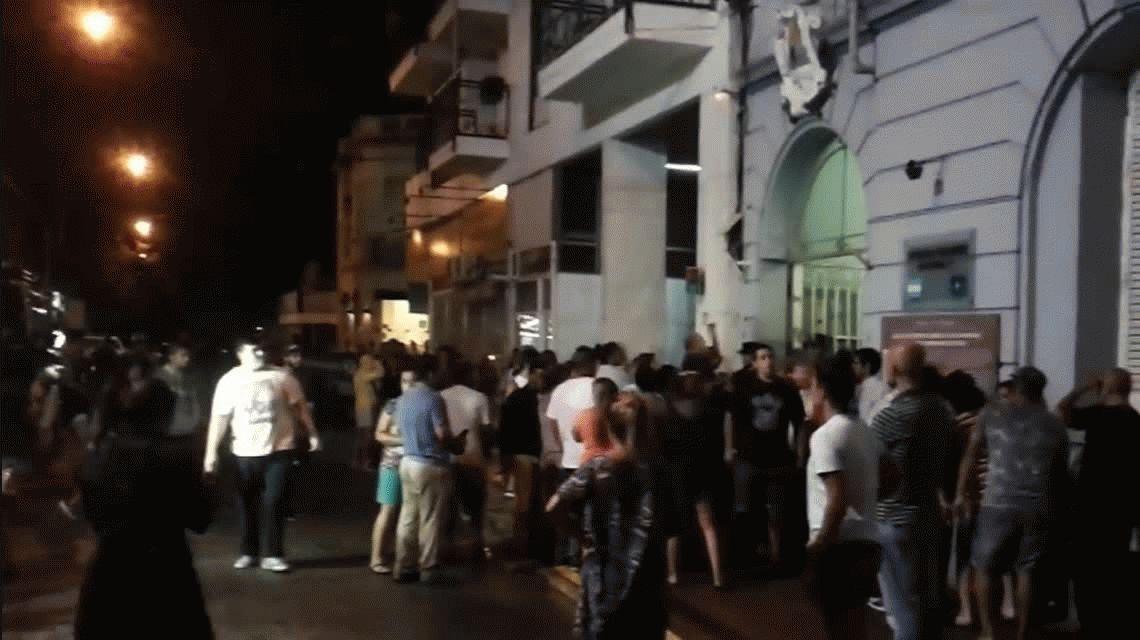 VIDEOS: La reacción de familiares de los presos que murieron en Pergamino