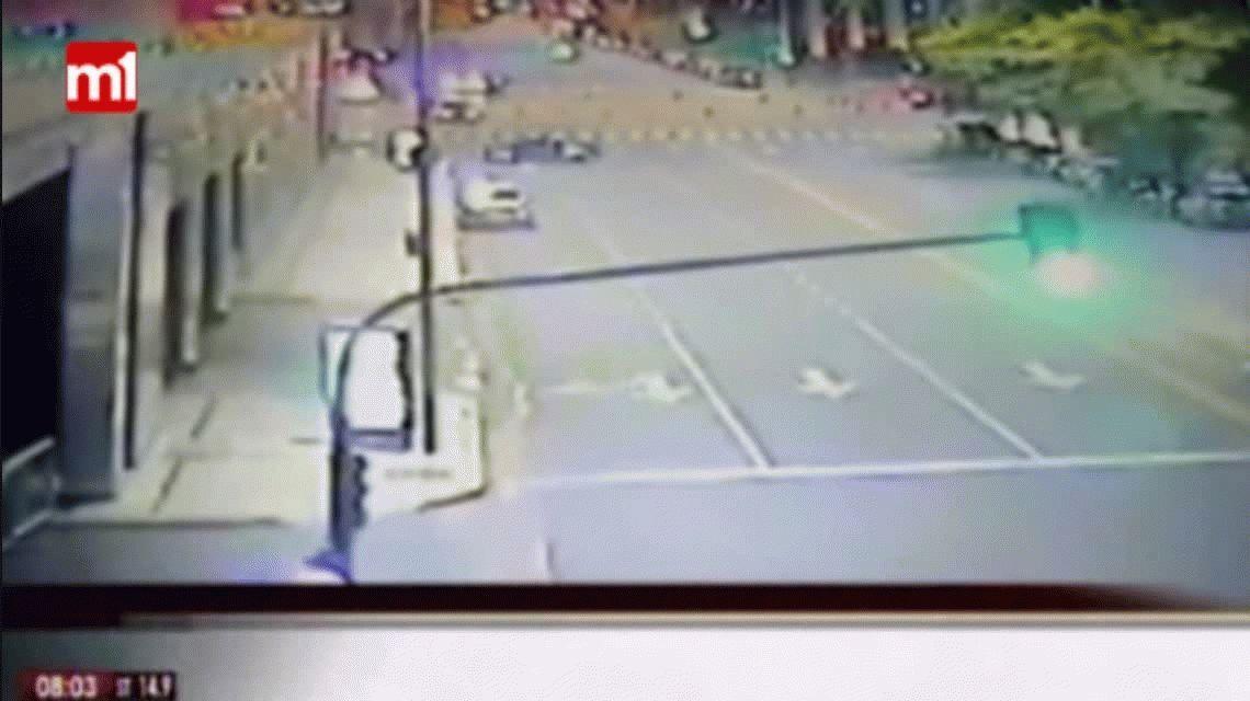 VIDEO: Así fue el accidente en Puerto Madero contra el Hilton