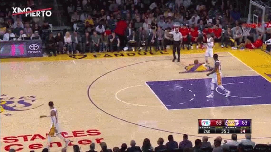 ¿La jugada más ridícula? Mirá lo que hizo DAngelo Russell, de Los Angeles Lakers