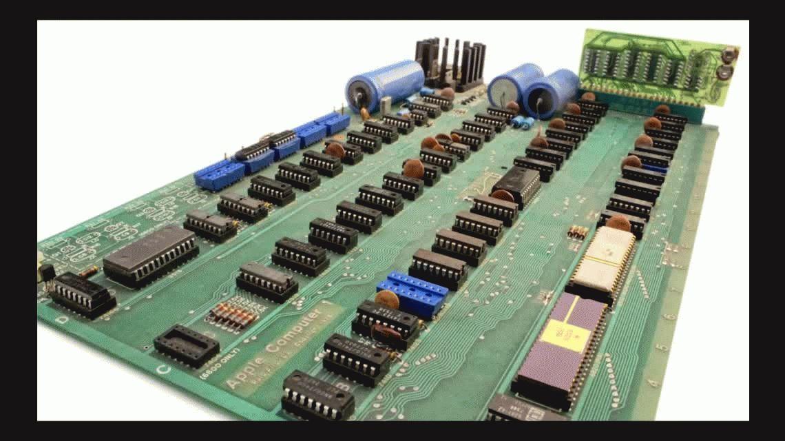 Subastan una de las ocho Apple 1 que todavía funcionan por US$320.000