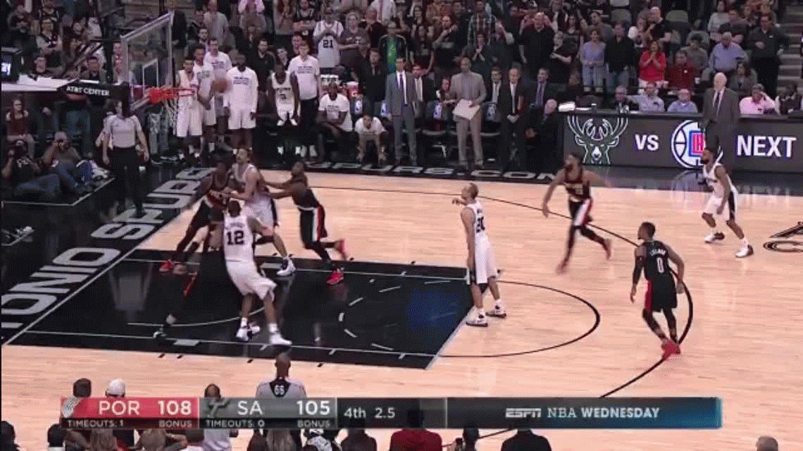 Emanuel Ginóbili protagonizó la jugada más insólita en la NBA
