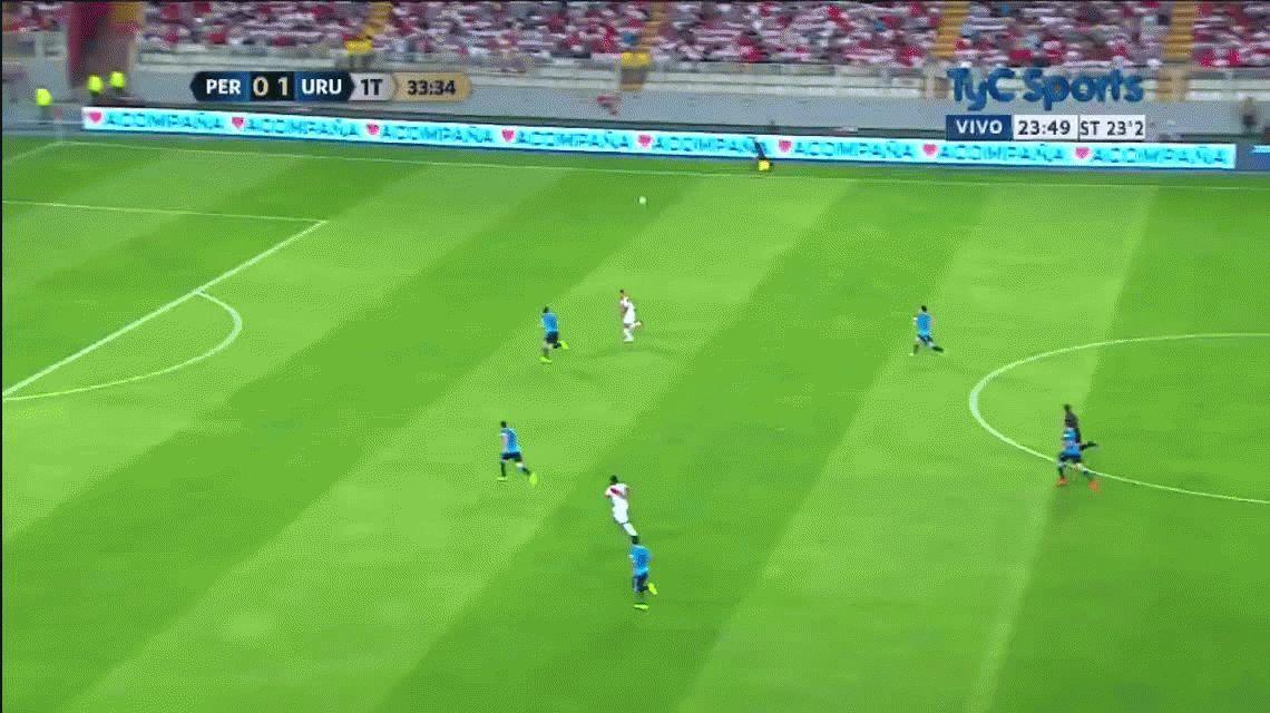El Perú de Gareca se lo dio vuelta a Uruguay y sueña con jugar el repechaje para el Mundial