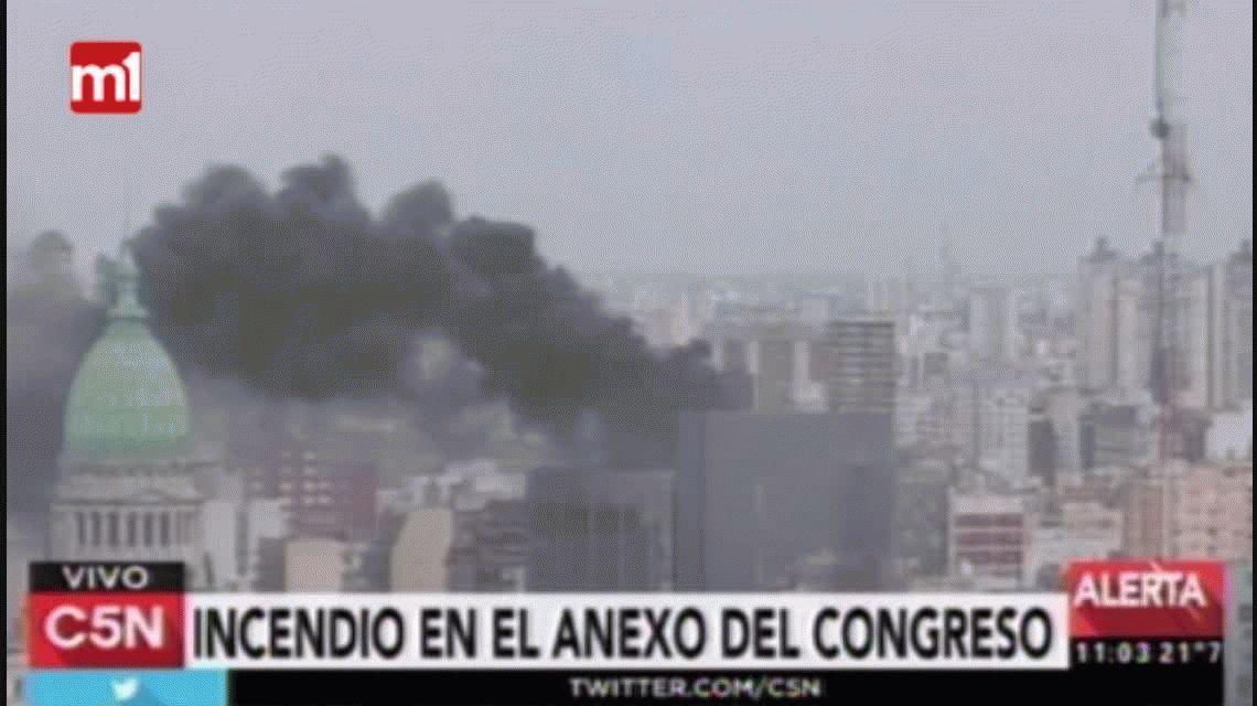 Se incendió una máquina de refrigeración en el edificio anexo del Congreso