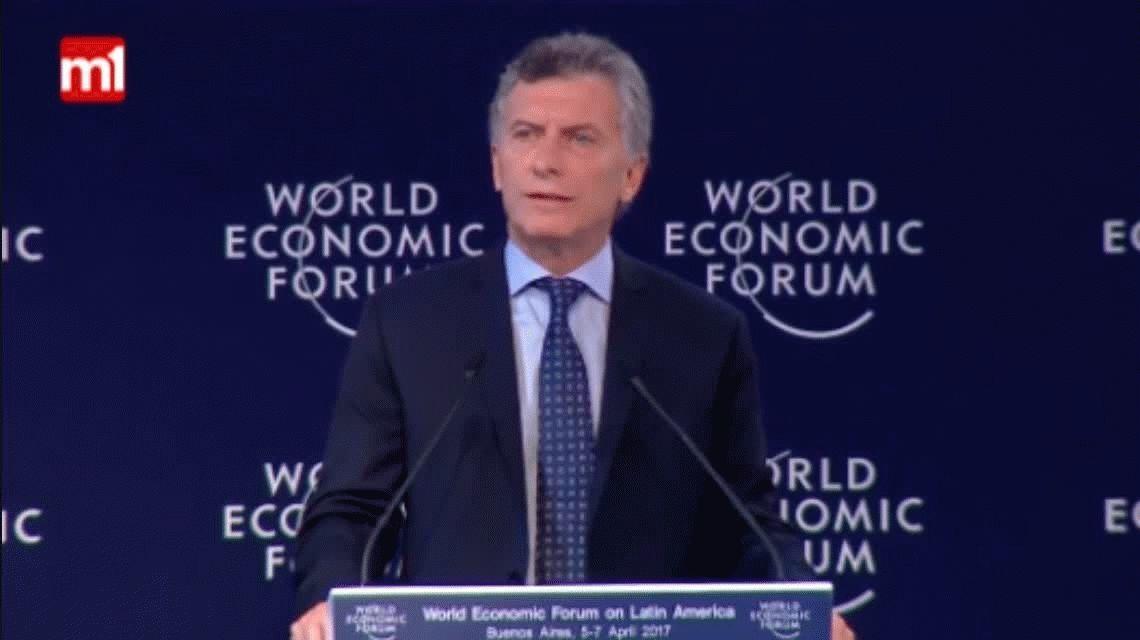 En medio del paro, Macri abrió el foro Davos y lanzó: Qué bueno que estemos acá trabajando