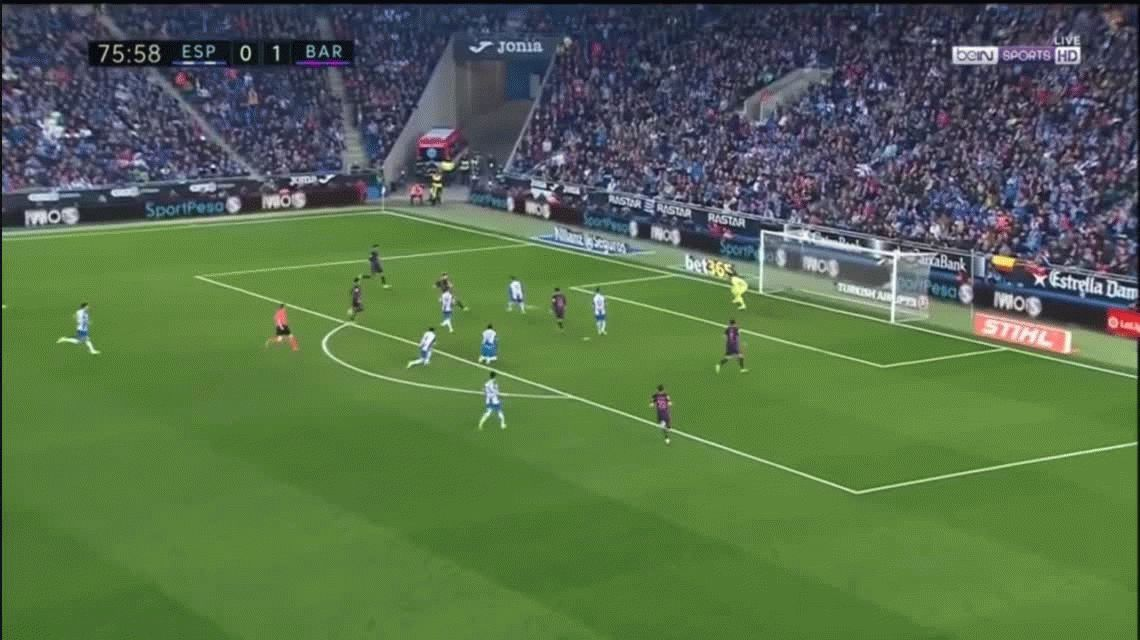 Con goles Suárez y Rakitic, Barcelona goleó al Espanyol en el derby catalán