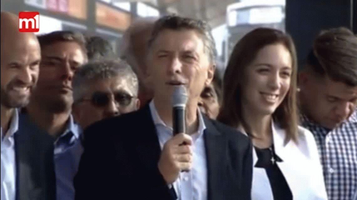 VIDEO: El frío saludo de Macri con Magario