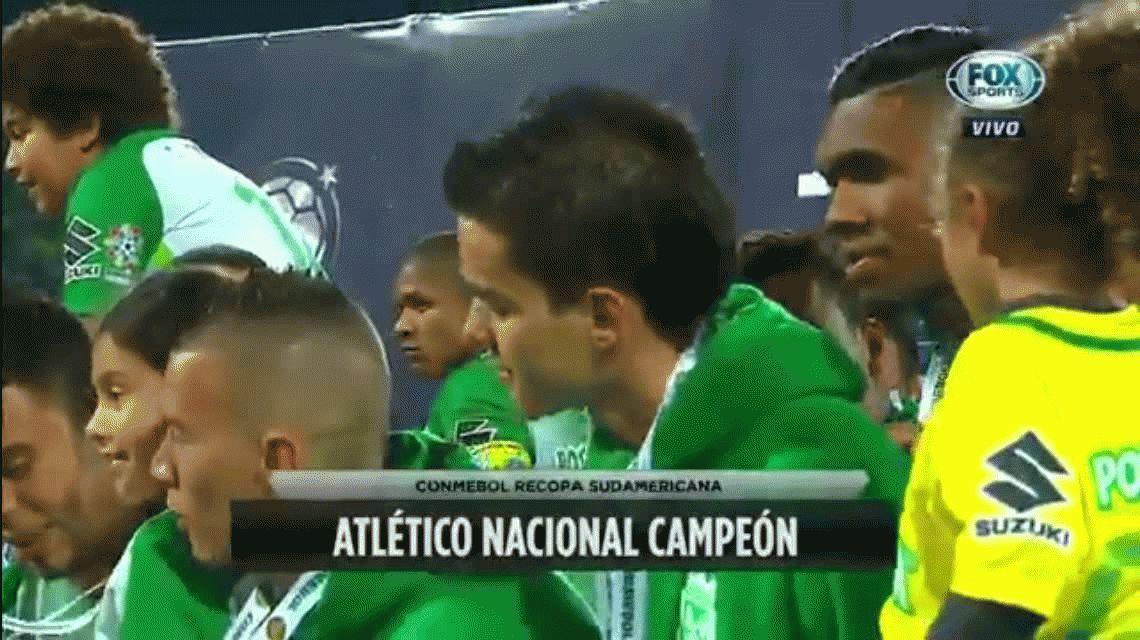 Atlético Nacional venció a su hermano Chapecoense y se quedó con la Recopa