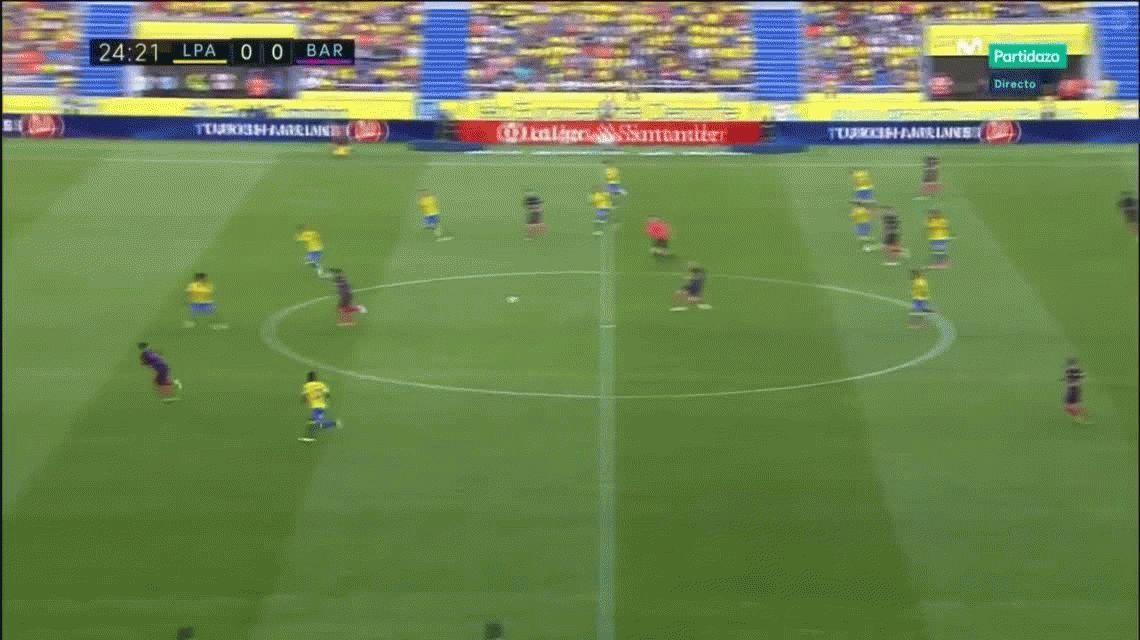 Barcelona hizo lo suyo ante Las Palmas y sigue soñando con ser campeón