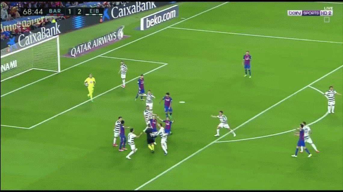 No vas a poder creer el absurdo penal que le cobraron al Barcelona