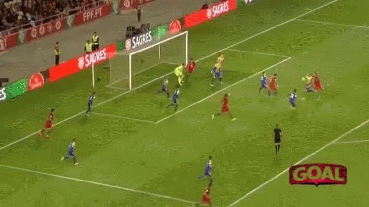 Cristiano Ronaldo metió 4 goles para Portugal ante Andorra por Eliminatorias europeas