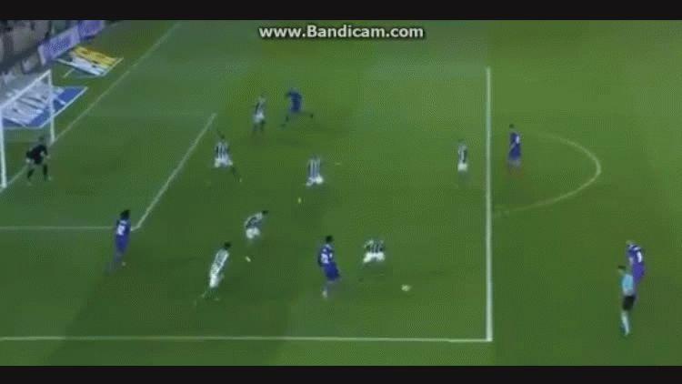 Marcelo marcó el tercero del Real Madrid ante el Betis por la Liga española