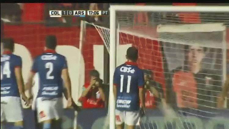 El gol de Pablo Ledesma para Colón ante Arsenal