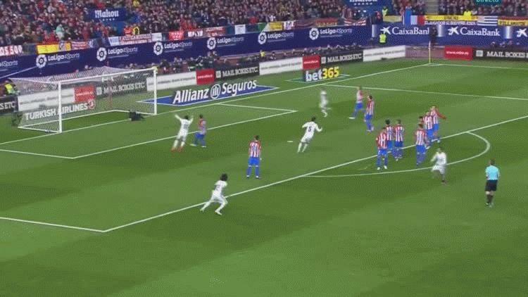 Cristiano Ronaldo marcó el primer gol del Real Madrid ante el Atlético